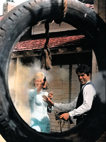 Issue 55 - 80 Years of The Hollywood Reporter: Bonnie and Clyde