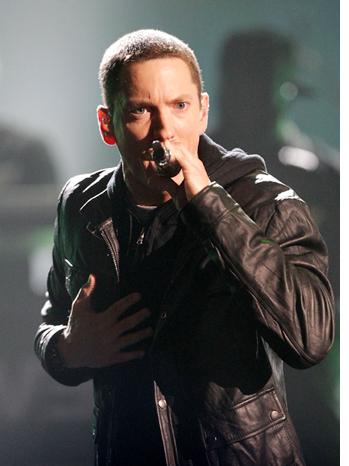 Eminem Performs Stage 2010