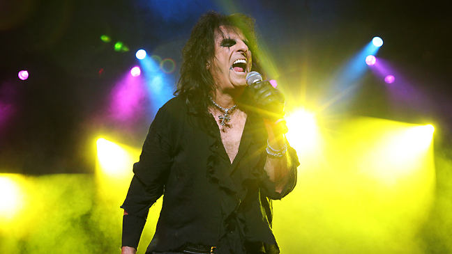 alice_cooper_scream_2010