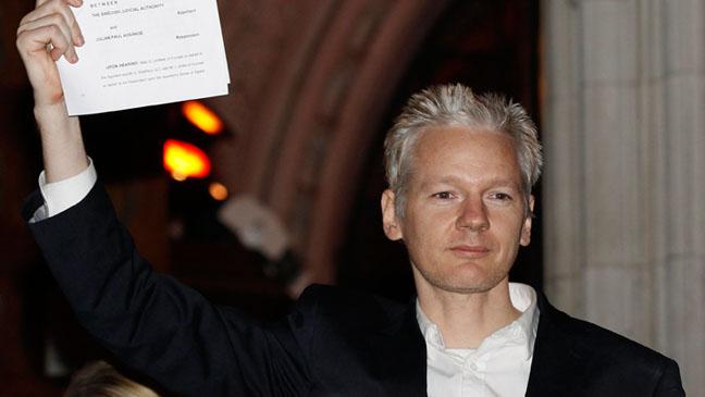 Julian Assange - Speaks to High Court - December 2010