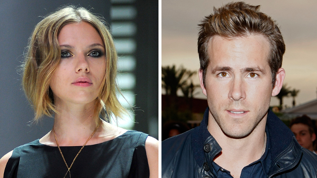 Scarlett Johansson and Ryan Reynolds - Split - 2010