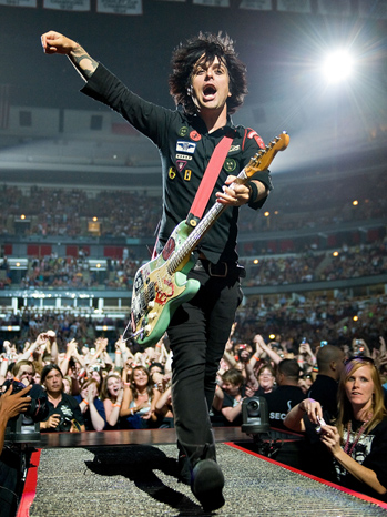 Green Day - Green Day With The Bravery Perform In Chicago - 2009