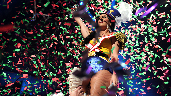 katy_perry_new_years_2011