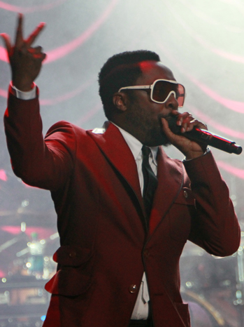 Will.I.Am Performs Red Jacket 2011