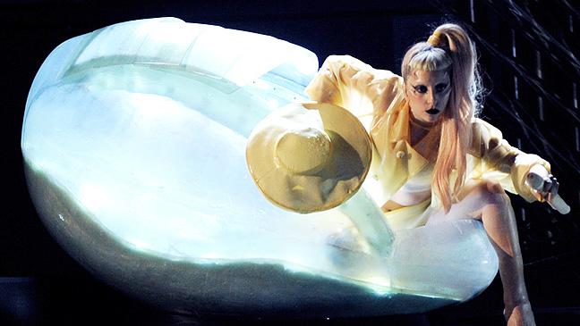 7 REP Gaga at Grammys