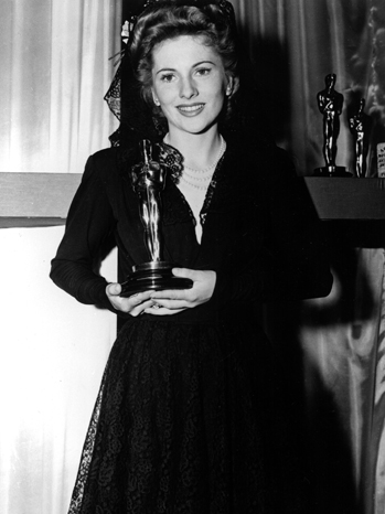 Joan Fontaine, 24