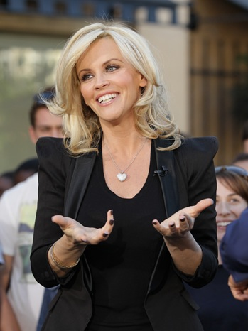 Jenny McCarthy - Celebrity Sightings In Los Angeles - 2011