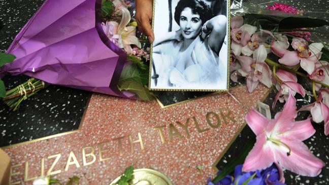 Elizabeth Taylor Walk of Fame 2011