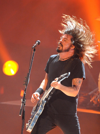 Dave Grohl Foo Fighters Stage 2011