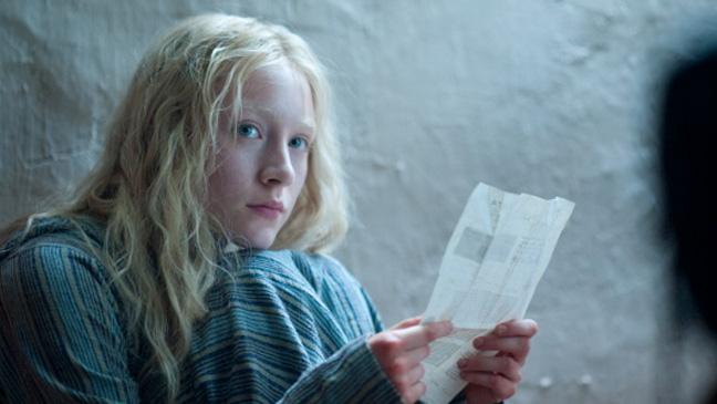 Hanna Review Saoirse Ronan 2011