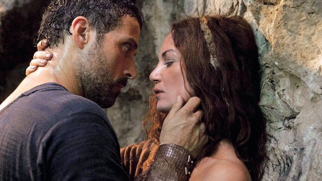 """THE NEW BODICE-RIPPERS: """"The Pillars of the Earth"""" (Starz)"""