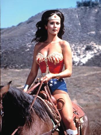 12 FOB Wonder Woman