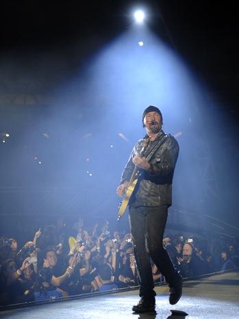 U2 - 360 Tour - The Edge on Stage - 2011