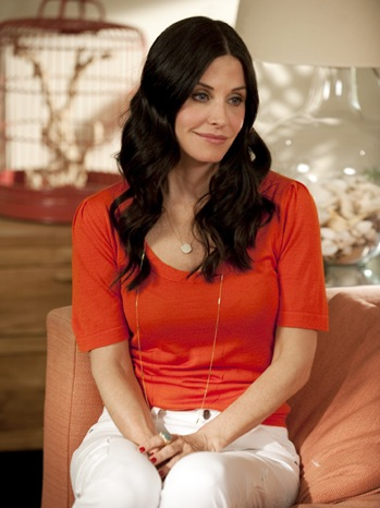 Cougar Town - TV Still: Courtney Cox - 2011