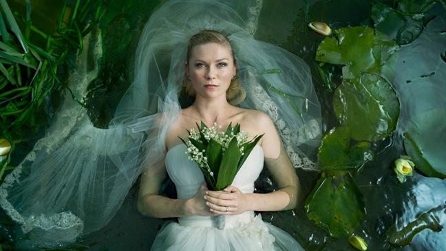 Melancholia - Movie Still: Kirsten Dunst  - 2011