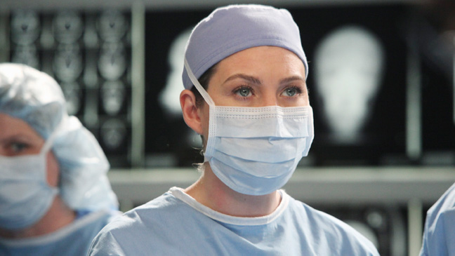 Grey's Anatomy - TV Still - Meredith Gray - Musical - 2011