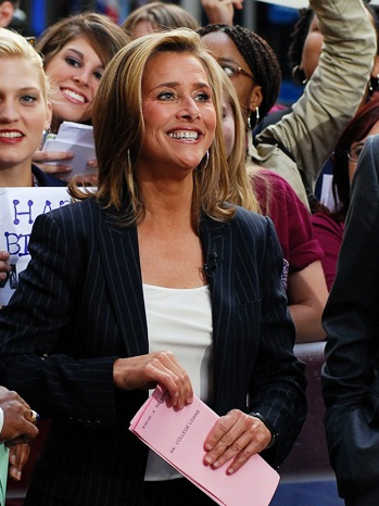 Meredith Vieira - Today Show outside -  2010