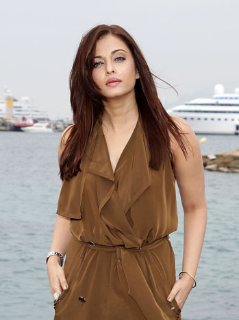 Aishwarya Rai Bachchan Cannes 2011