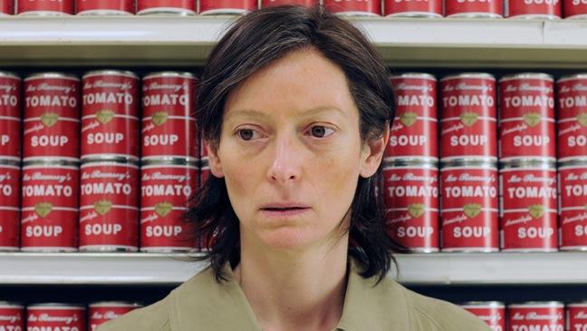 Kevin - Movie Still: Tilda Swinton - 2011