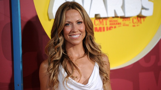 CMT Music Awards - Sheryl Crow - Arrivals - Horizontal - 2011