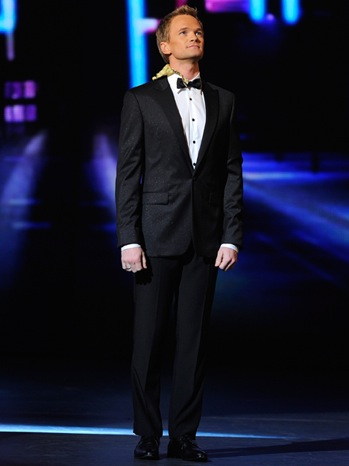 Neil Patrick Harris - 65th Annual Tony Awards: alone on stage - Show - 2011