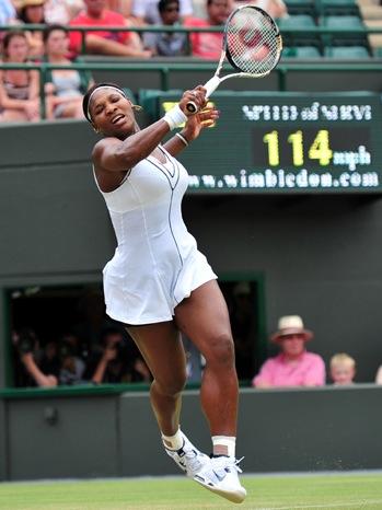Serena Williams - Wimbledon - on court playling - 2011