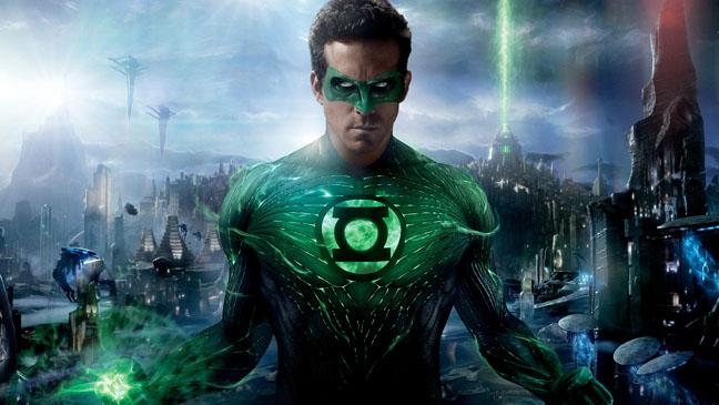 Green Lantern Ryan Reynolds Fists Out 2011