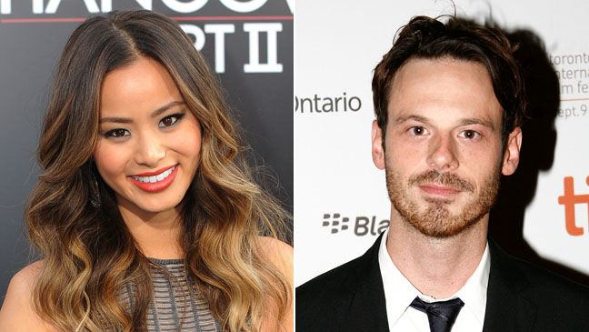 Jamie Chung and Scoot McNairy Split 2011