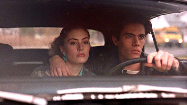 Madchen Amick Dana Ashbrook 'Twin Peaks' Still 1990