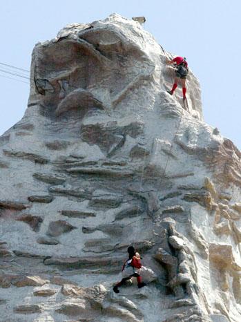 Matterhorn DisneyLand 2011