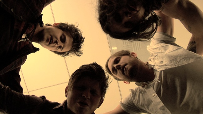 Talinha Sky: The Story of Kings of Leon - Movie Still: Group Huddle - 2010