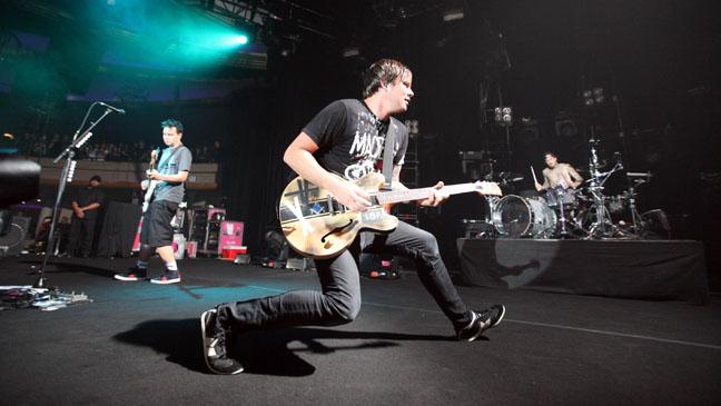 Blink 182 Live Show 2011