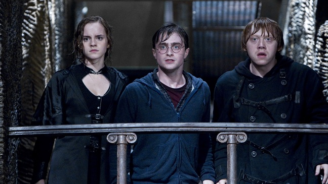 """Harry Potter And The Deathly Hallows: Part 2"" - Movie Still - Harry, Heromine, Ron - H - 2011"