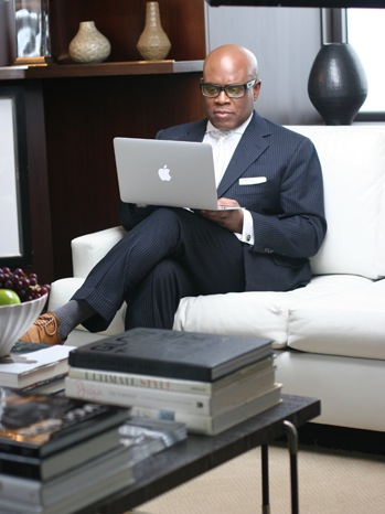 6 FEA L.A. Reid (Extra Photo) 1