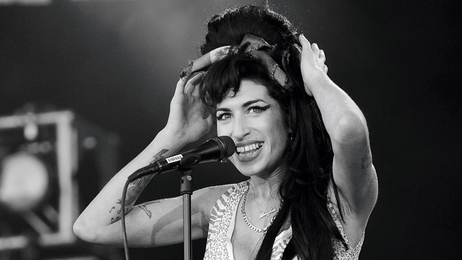 27 REP Amy Winehouse