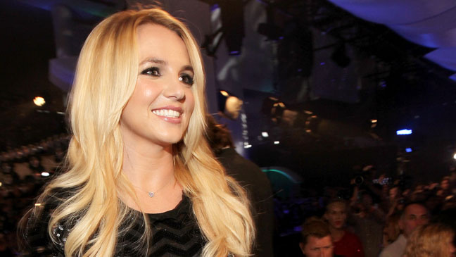 Britney Spears VMA Arrivals - H 2011