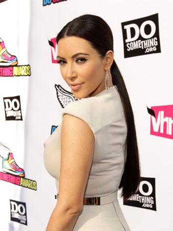 Kim Kardashian VH1 Do Something Awards - P 2011