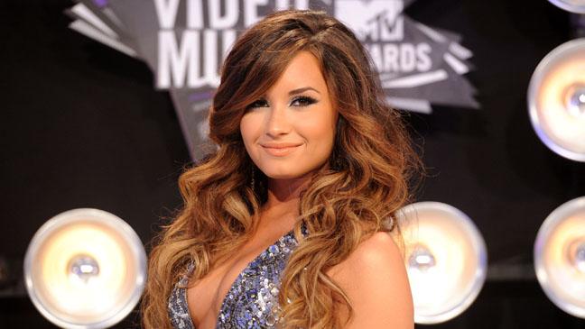 Demi Lovato Main - H 2011