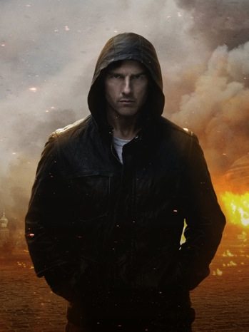 Tom Cruise - Movie Still: Mission Impossible Ghost Protcol - P - 2011