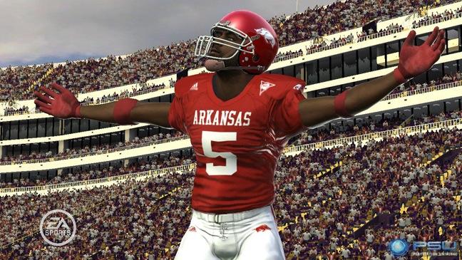 NCAA Football - Video Game Still - H - 2011