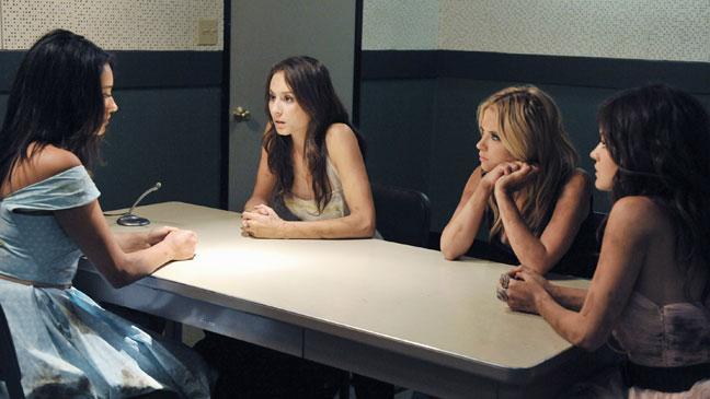 Pretty Little Liars - Midseason Finale - 2011