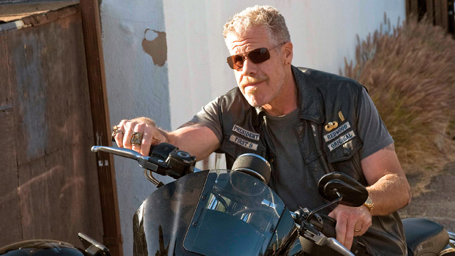 29 FEA What Men Watch Sons of Anarchy H
