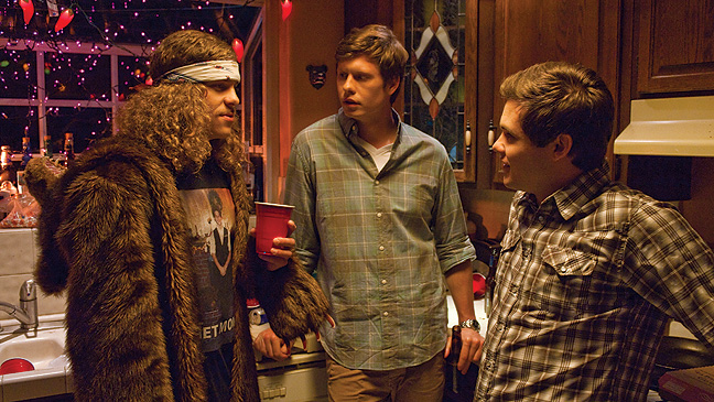 """WHERE MEN HANG OUT: """"Workaholics"""""""