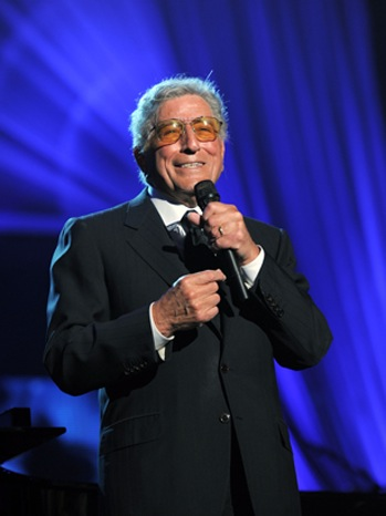 Tony Bennett- MusiCares Person of the Year Tribute to Barbra Streisand-2011