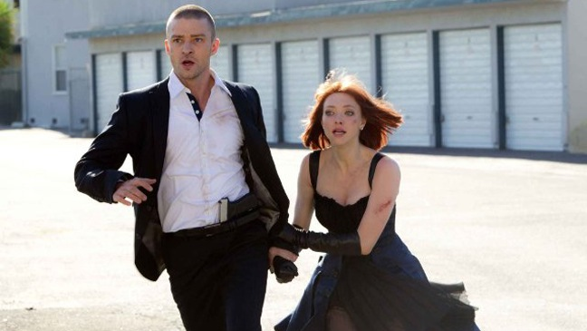 In Time - Movie Still: Justin Timberlake and Amanda Seyfried - H - 2011
