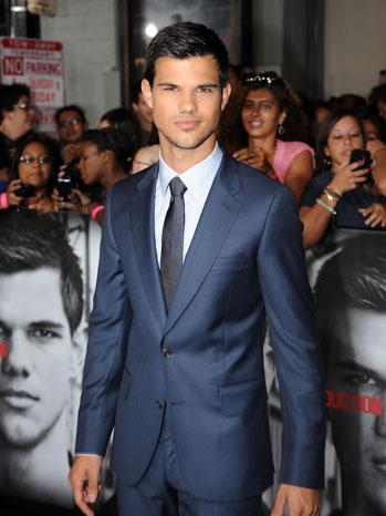 Taylor Lautner Abduction Premiere - P 2011