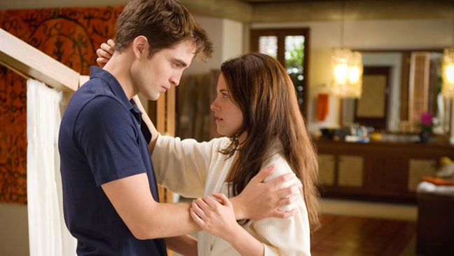 THE TWILIGHT SAGA: BREAKING DAWN NEW PHOTO