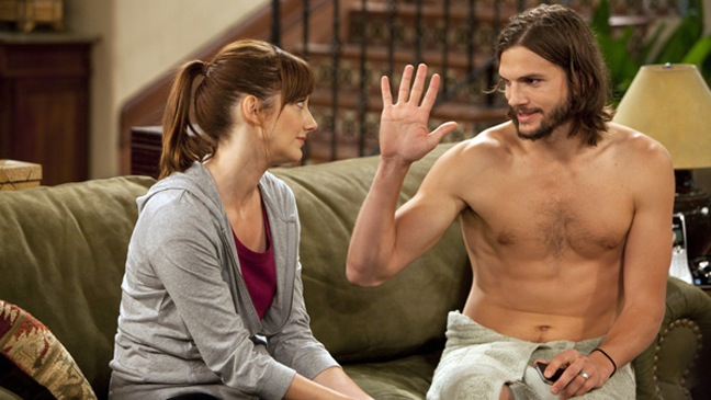 Two and a Half Men - TV Still: People Who Love Peepholes - H - 2011