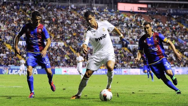 Cristiano Ronaldo - Levante UD v Real Madrid CF - H - 2011
