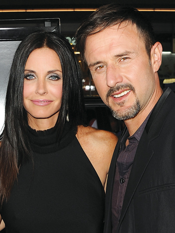 TELEVISION: Courtney Cox & David Arquette